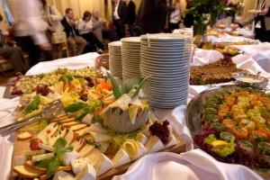 Nyd din fest - lej et selskabslokale og få mad leveret